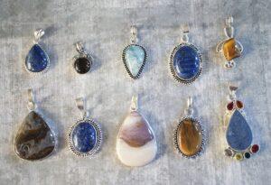 スピネルとよく似た宝石「ターフェアイト」!石言葉や意味、どんな効果があるの?